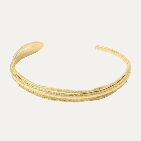 Etched Leaf Gold Bangle