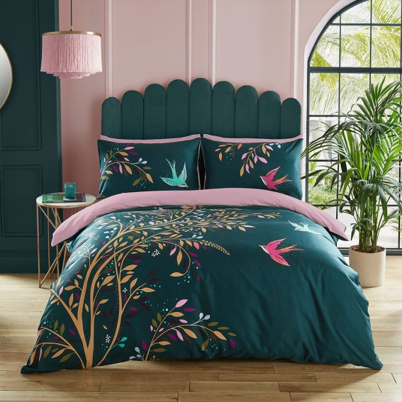 Dancing Swallows Double Duvet Cover and Pillowcase Set