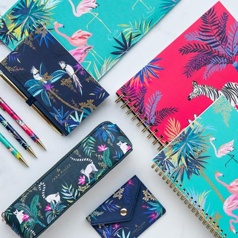 Ready, set, go….! Time to discover our brand-new Tahiti stationery range